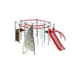 stalowy plac zabaw ze zjeżdzalnią i drabinkami